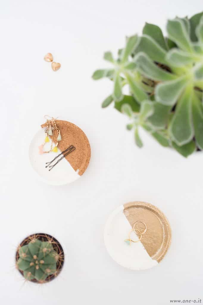 Ikea Hack: from Cork Coasters to Jewelry Dishes in minutes