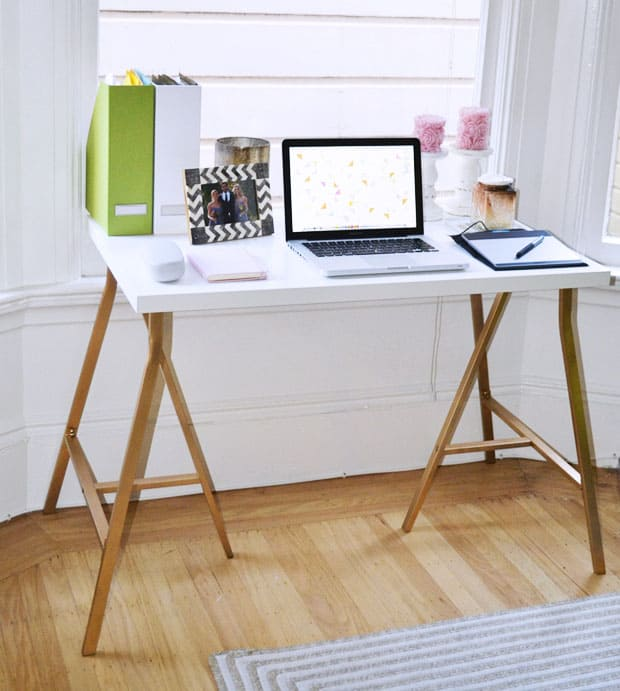 SIMPLE IKEA HACK DESK USING GOLD PAINT