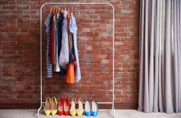 10 Tiny Closet Organization Hacks