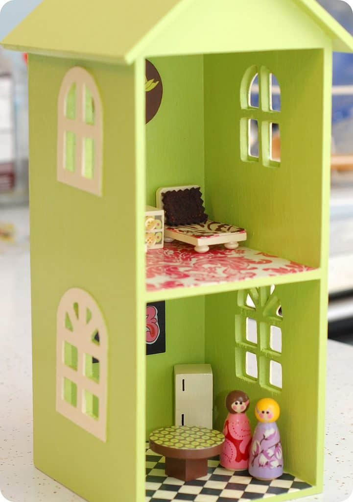 DIY dolls-house tutorial