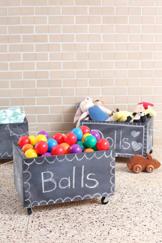 DIY Chalkboard Toy Box