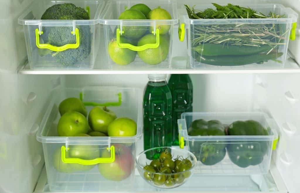 Fridge organization hacks. How to organize your fridge and freezer.