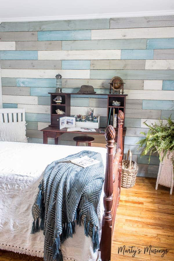 DIY Plank Wall Feature