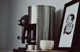 How to clean a coffee maker the right way!