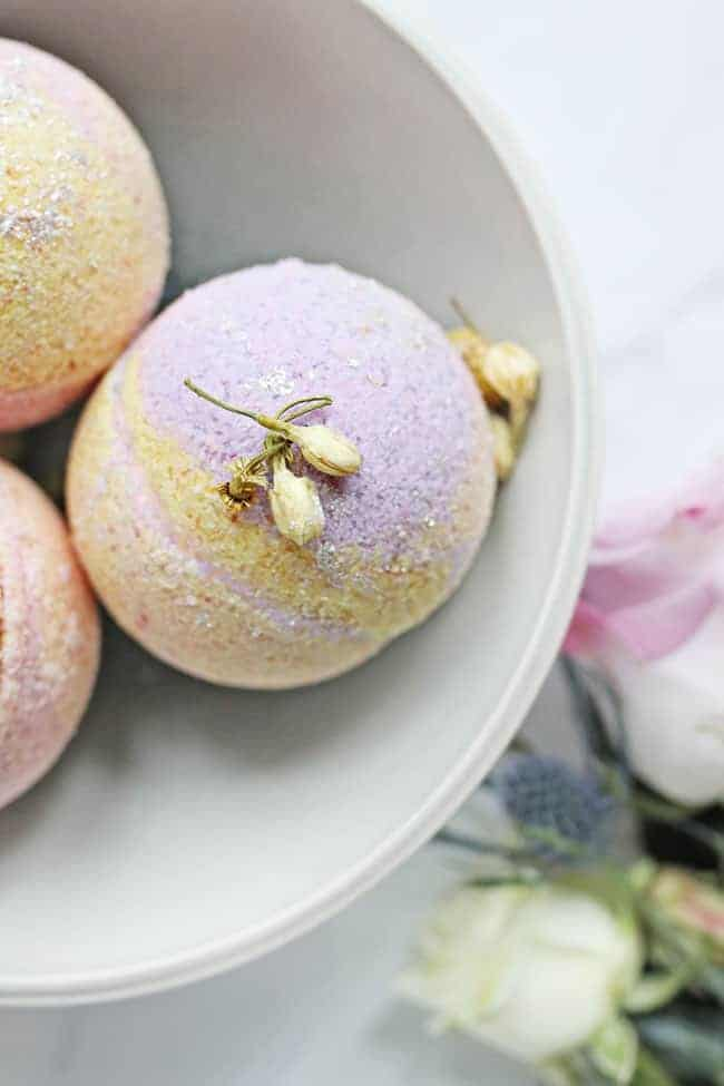 Easy DIY Bath Bomb Recipe